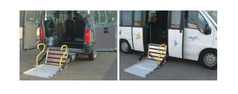 PEDANE DI SOLLEVAMENTO CARROZZINE PER DISABILI PER pullmino minibus.jpg